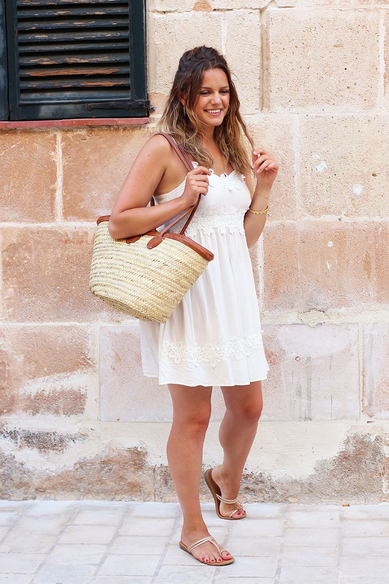Simple White Dress Outfit For Summer - How To Style It   Simple ...