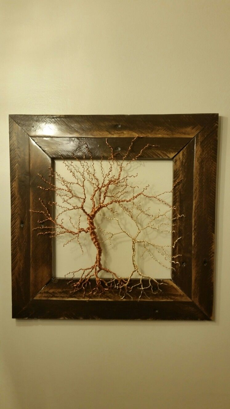 Wire tree with pallet wood frame | wire trees | Pinterest | Wire ...