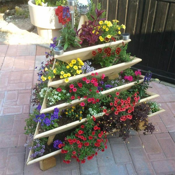Ideas Para Hacer Jardines Verticales En Casa Jardines Verticales Jardineria Vertical Macetas Al Aire Libre