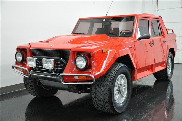 If I Were Justin Bieber Rich I Would Buy This 1990 Lamborghini Lm002 The Rambo Lambo Jeep Suv Lamborghini Suv