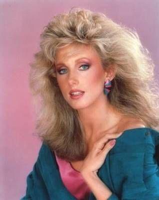 Twenty Pictures Of 80s Style Big Hair Frisuren 80er Frisuren