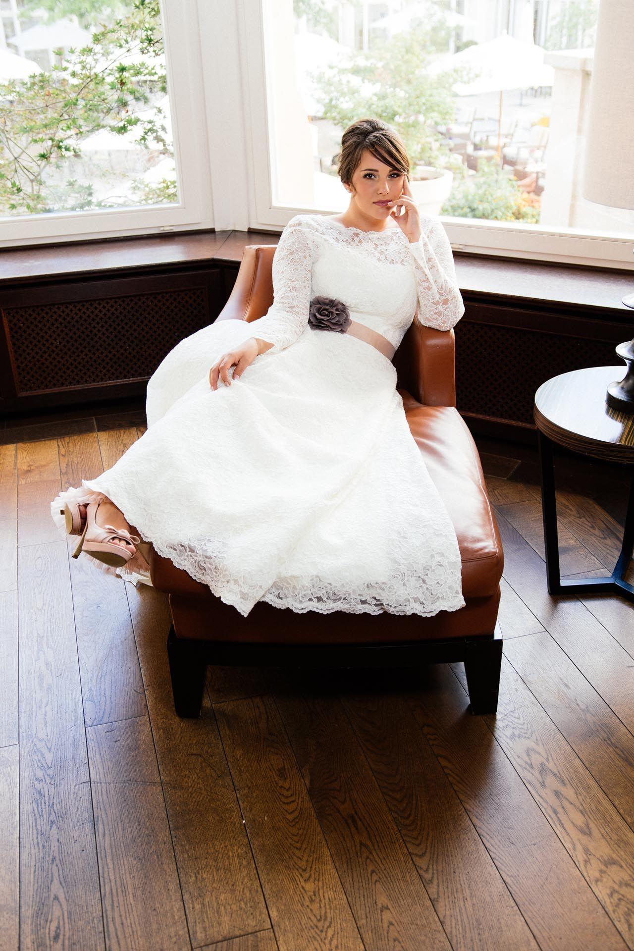 Brautkleider Grosse Grossen Moderne Hochzeitskleider In 48 50 Und 52 Brautmode Brautkleider Grosse Grossen