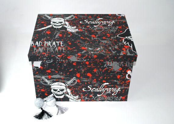 gift box storage treasury box heart skull sword box von Arsunica