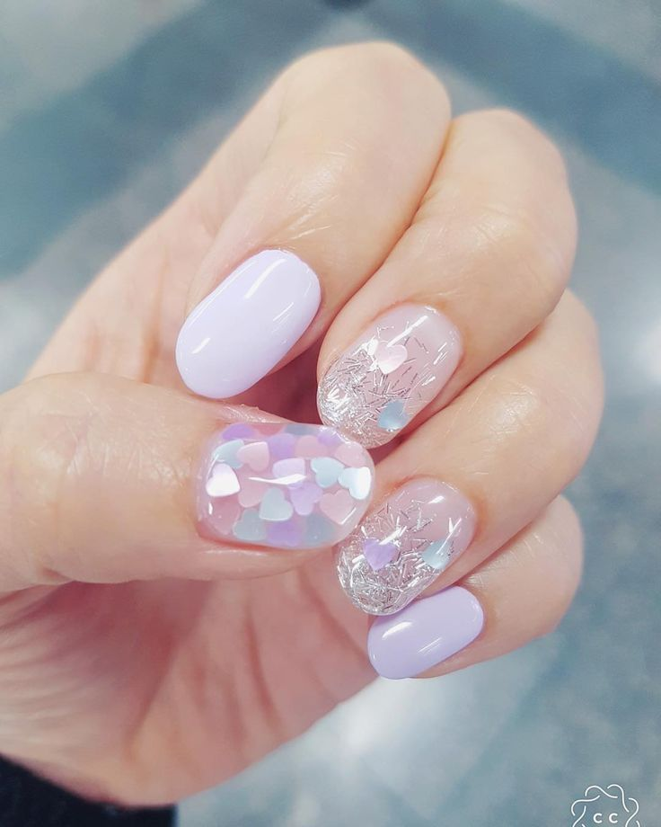 Such Gorgeous Colors And Softness: Such A Soft And Pretty Nail Color And Nail Design Accent
