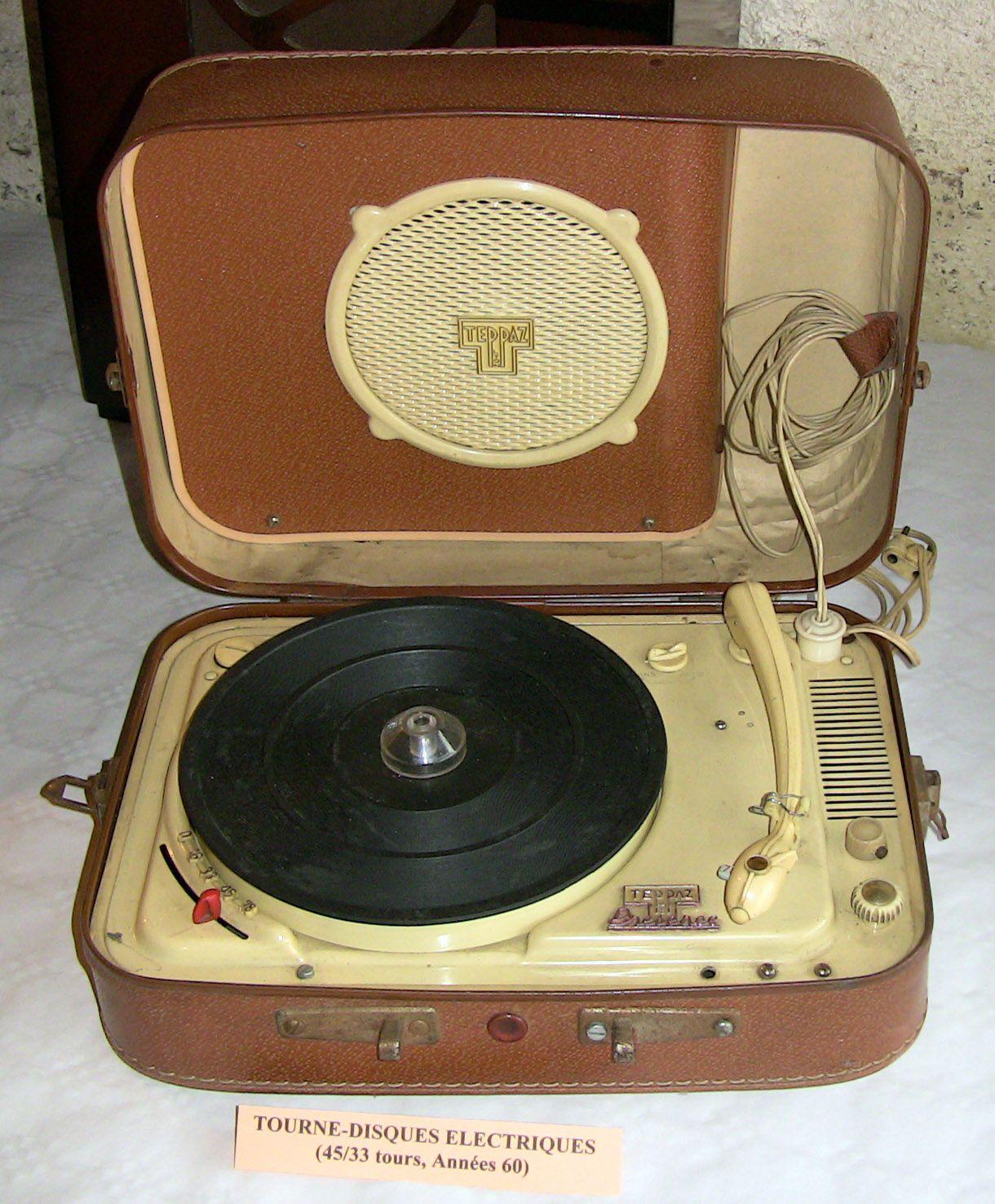 Tourne disque electrique annees 60 un teppaz - Tourne disque avec haut parleur integre ...