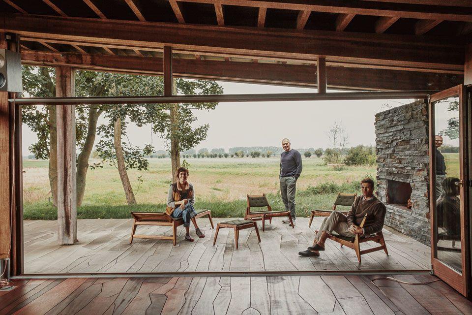 Chez La Famille Bellerose Architecture De Maison Sol Exterieur Et Maison Passive