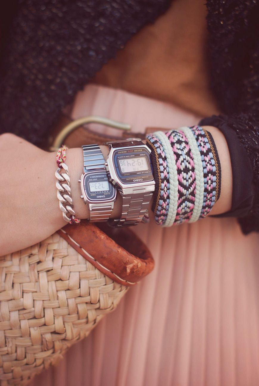 4e04de44684 streetstyle pleated long pink skirt Olive Clothing Urba Outfitters Casio  Watch