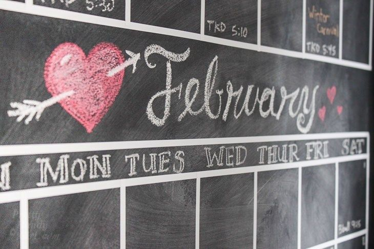 Diy chalkboard wall calendar chalkboard calendar diy