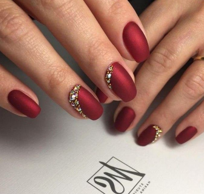 53 Most Fabulous And Gorgeous Red Short Matte Nails Idea For Prom And Wedding With Images Red Wedding Nails Nail Jewels Gold Nails Prom