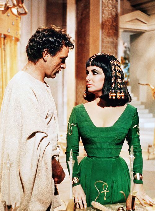 Fool Don T You See Now That I Could Have Poisoned You A Hundred Times Had I Been Able To Live Without Y Elizabeth Taylor Cleopatra Elizabeth Taylor Cleopatra