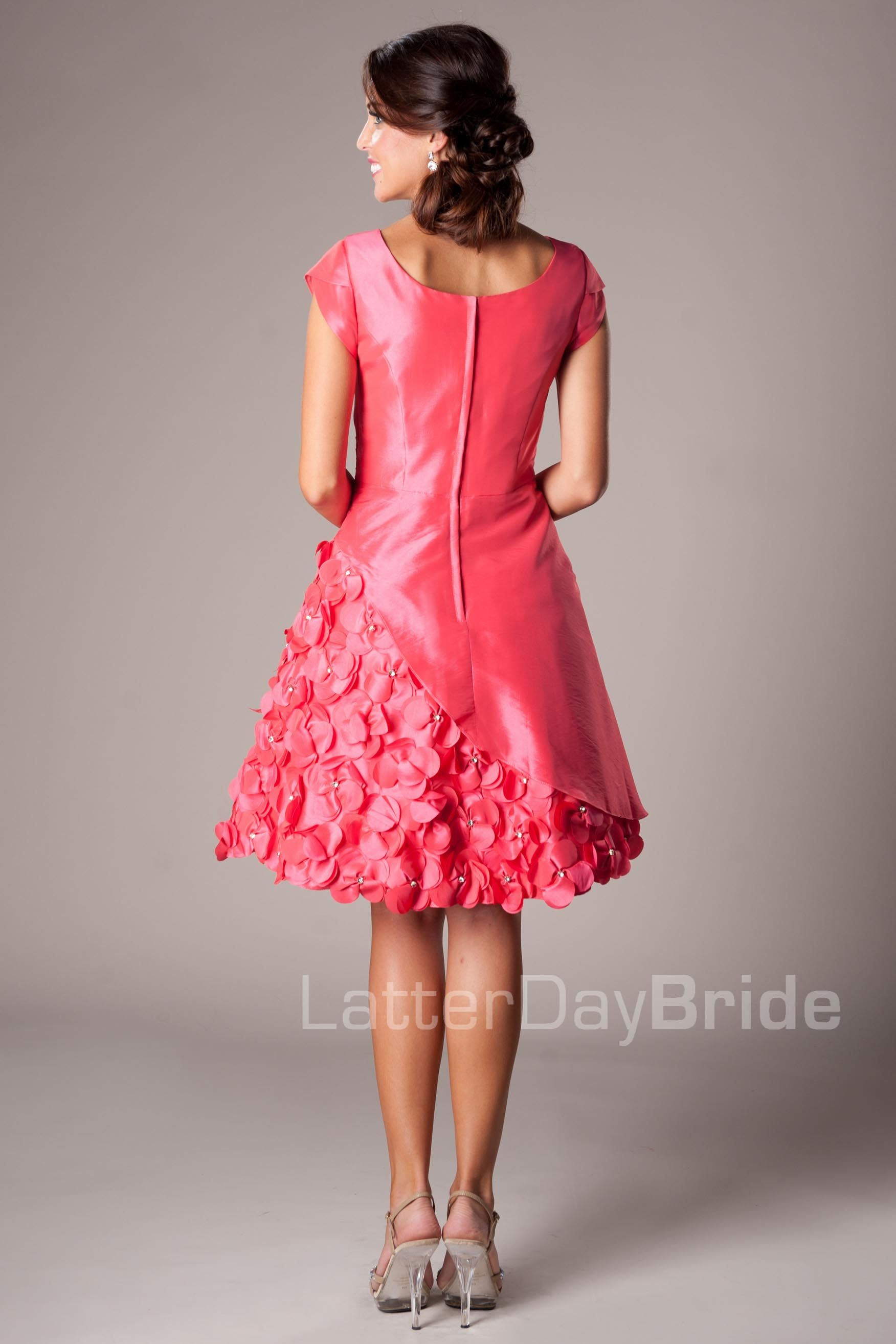 Modestpromdressjoypinkbackg so nice to wear pinterest