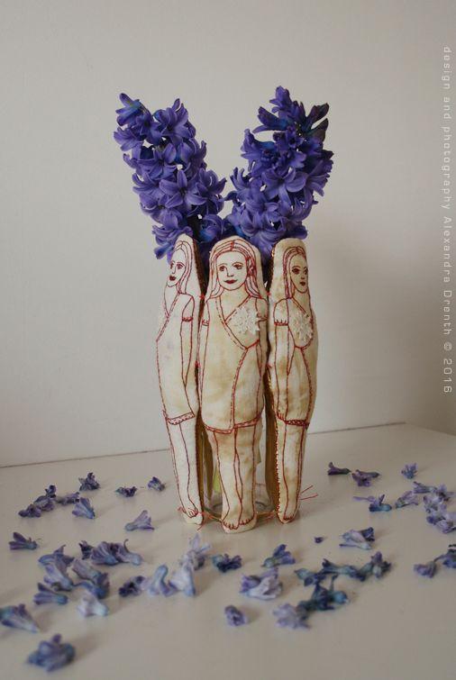 Alexandra Drenth textiele handwerken I know it's textile, but it would look nice in ceramics too.