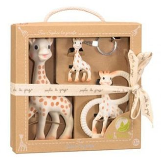 Sophie Giraf giftset. The greatest baby toy ever in natural rubber without phthalates. The three girafs are good for different ages of the baby. 329kr.