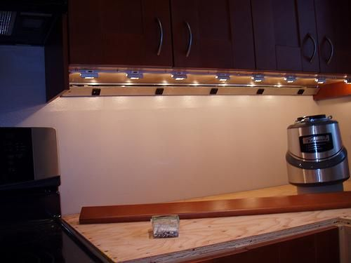 under cabinet lighting ideas. under cabinet plug molding and lighting ideas l