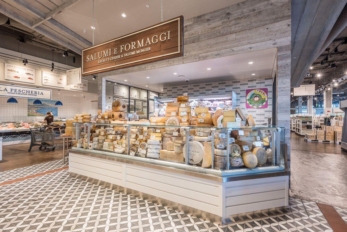 Inside Eataly, LA's colossal emporium of Italian cuisine