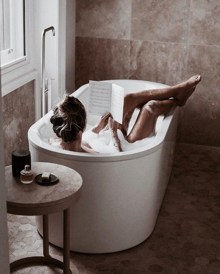 Картинки девушка из ванной