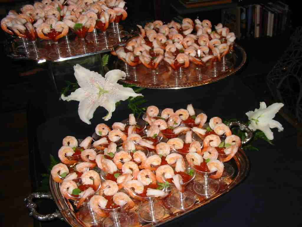 Shrimp cocktail displays google search reception for Appetizers decoration