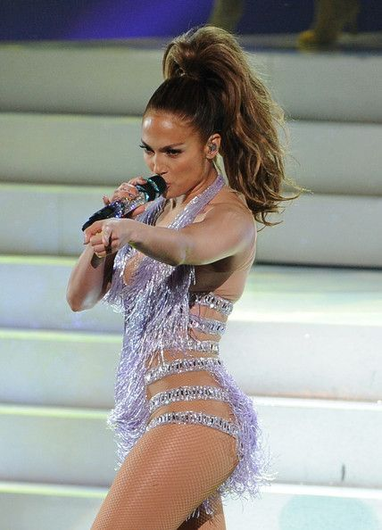 Jennifer Lopez Dishes on Her Sexy Hot Pink Look & Powerful