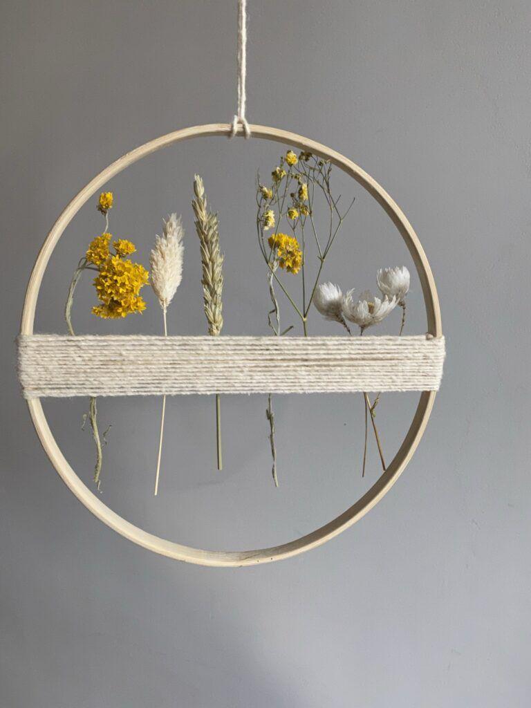 Tuto cercle fleur séchée ficelle réalisable en 10mn !
