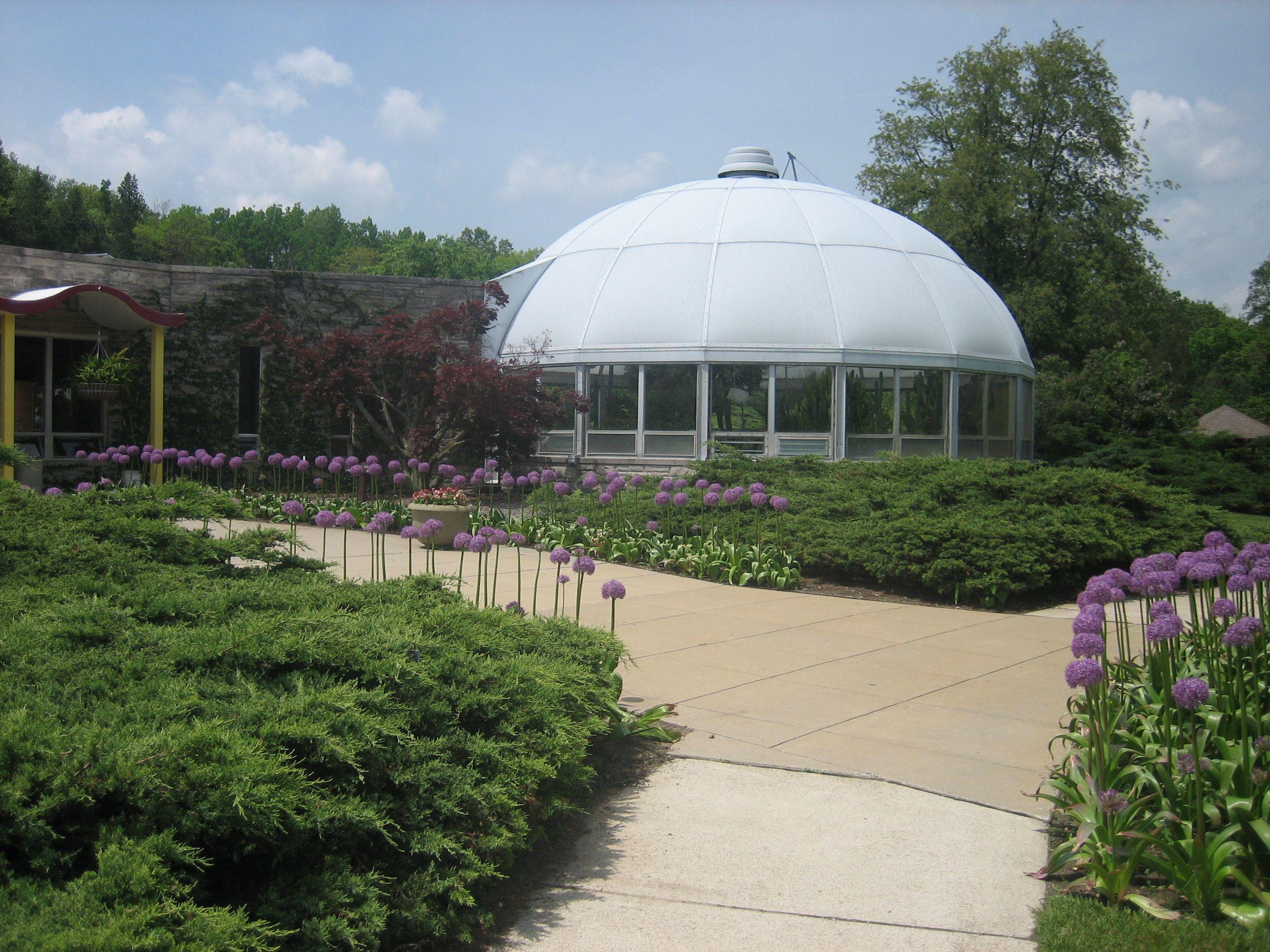 2a1e047e176543adedfc4b92ec5eaebb - Hidden Lake Gardens In Tipton Michigan