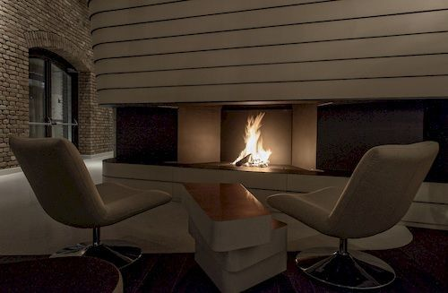 Radisson Blu Old Mill Hotel, Belgrade - Fireplace