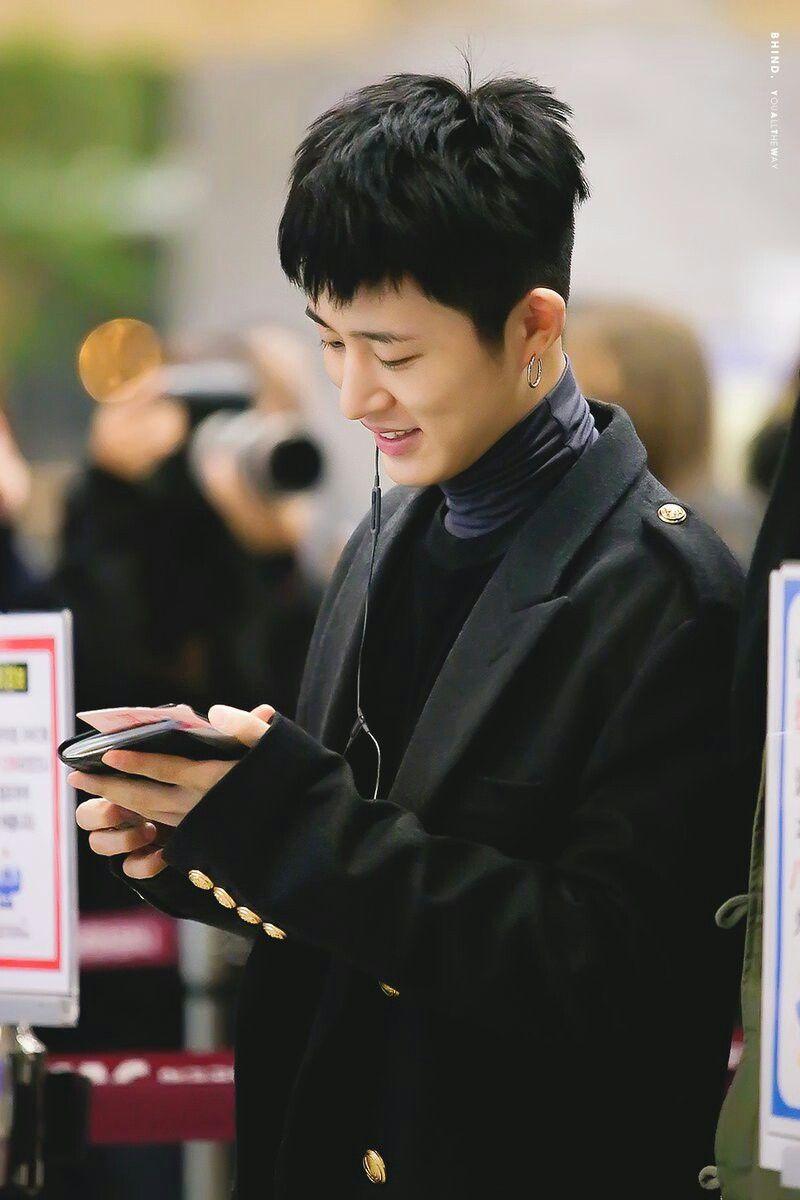 B.I | 김한빈