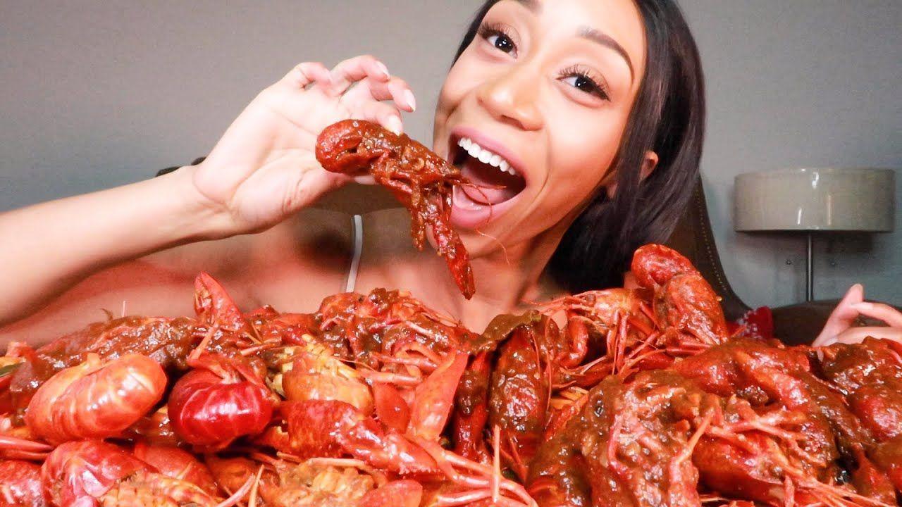 5LBS GIANT MESSY CRAWFISH SEAFOOD BOIL MUKBANG CHALLENGE | SURPRISE ENDING! #sea...  #5LBS #BOIL #Challenge #crawfish #giant #Messy #Mukbang #Sea #SEAFOOD #Surprise