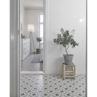 Bildresultat för 10 20 kakel badrum