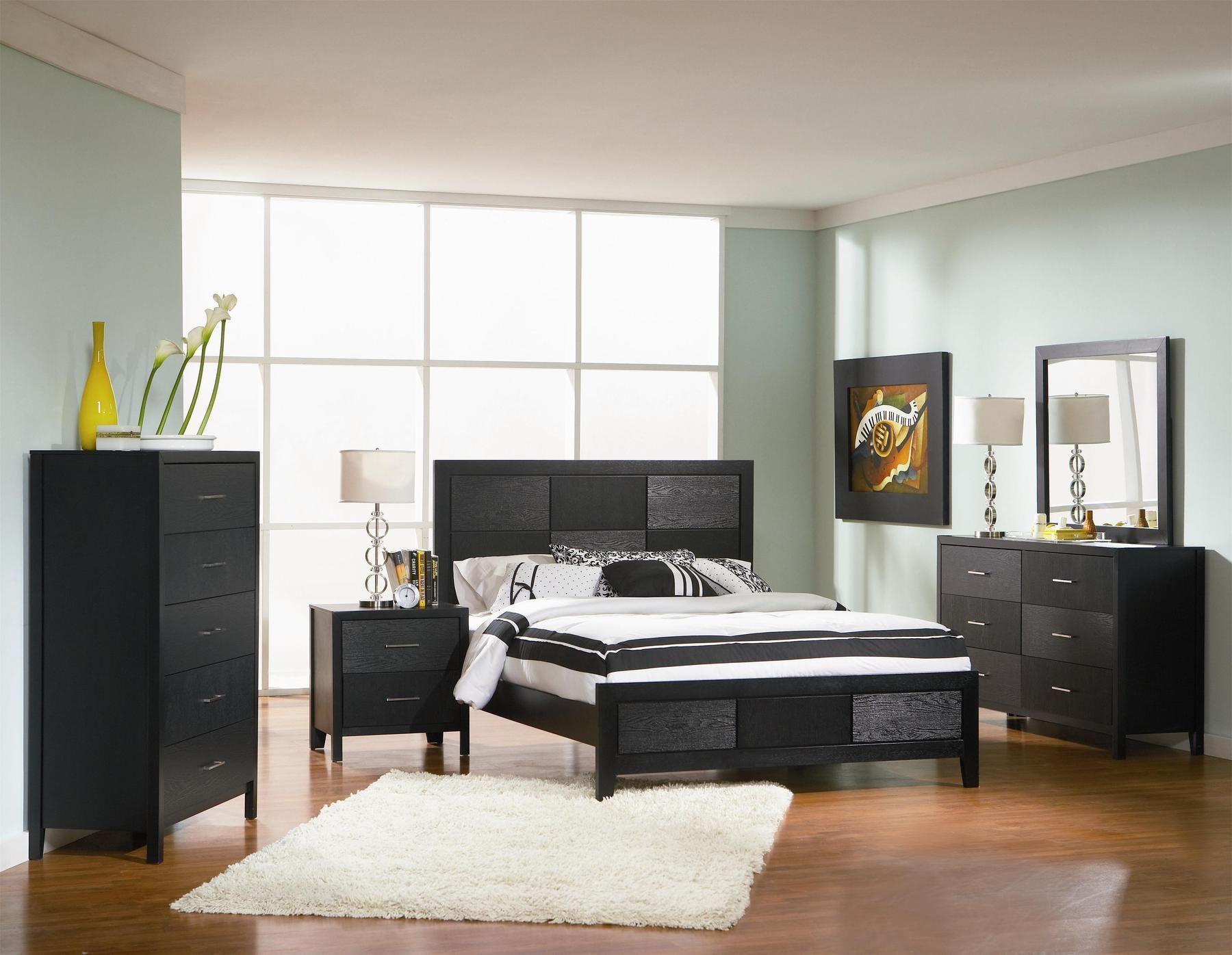 Coaster Grove I Strict Simple Design Modern Black King Bed