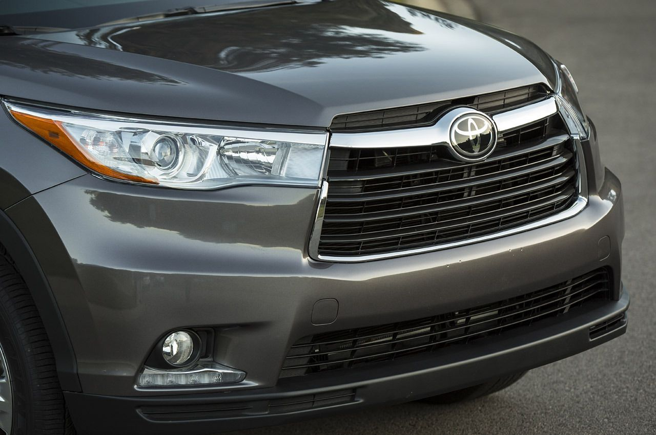 2015 toyota highlander new design and new engine specifications make it suv of the future suv mpv pinterest highlanders suvs and the future