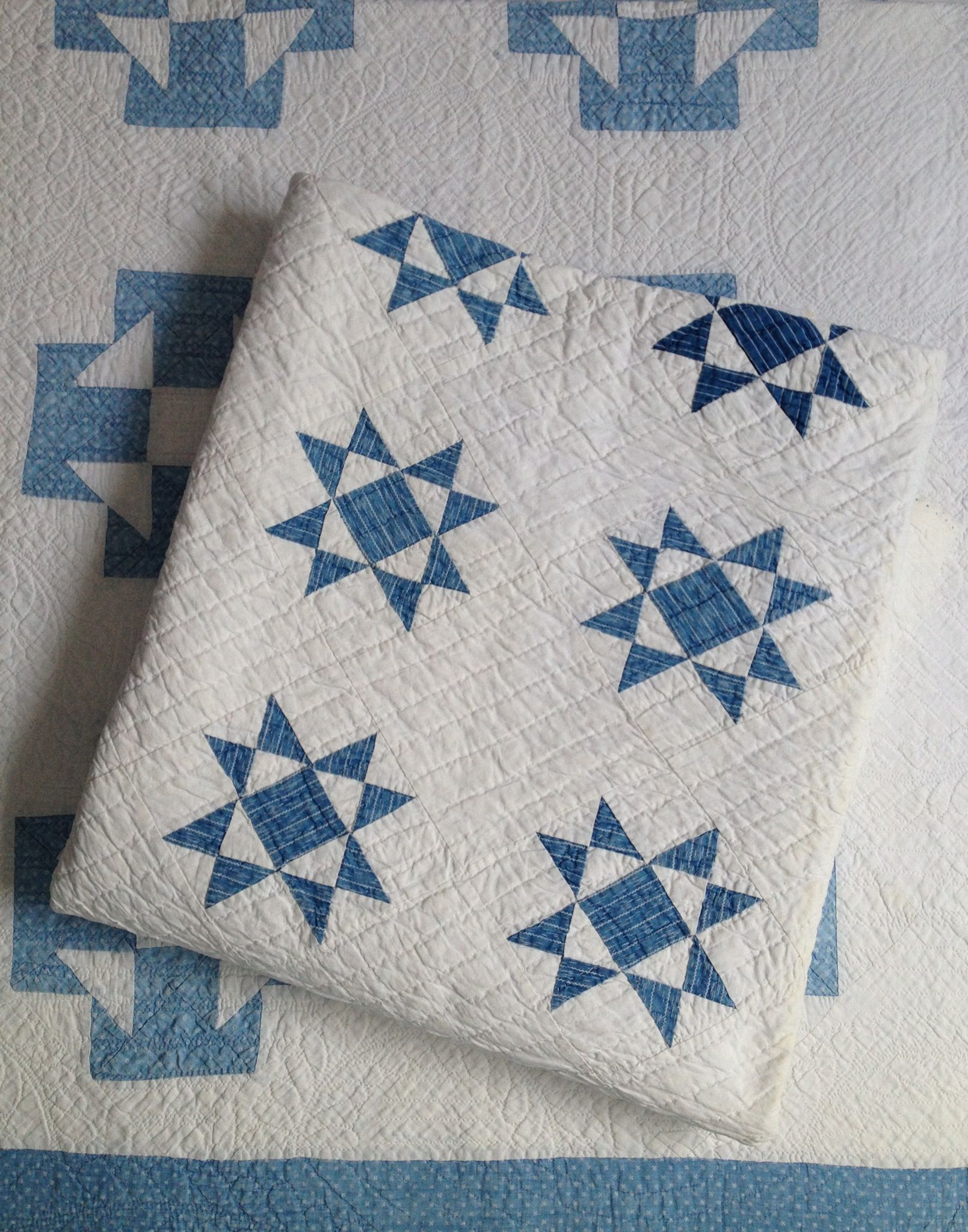 Blue and white quilts inspiration for something to do with some blue scraps i have