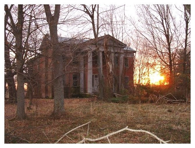 empty old homes in lincoln county kentucky abandoned abandoned houses abandoned. Black Bedroom Furniture Sets. Home Design Ideas