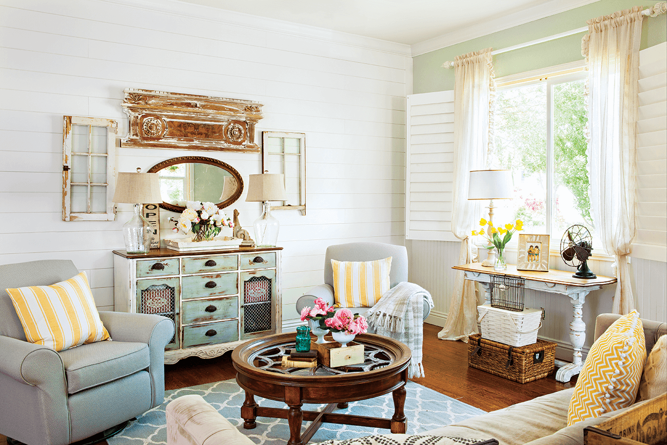 Vintage Cottage Style Bursting With Color Click Here To Read More Cottagesandbungalows Color V Cottage Style Living Room Cottage Style Decor Cottage Style