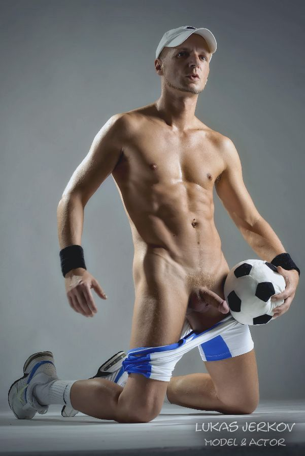 Male sports pics nude