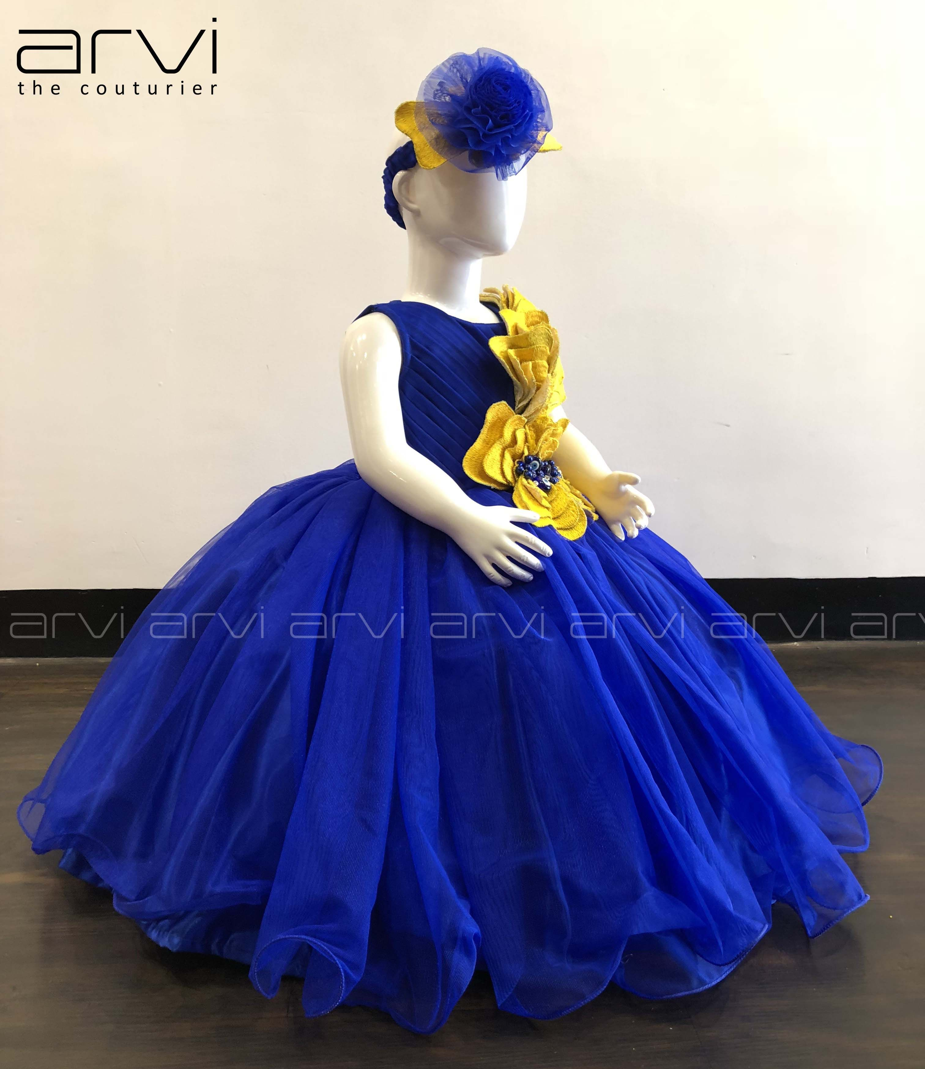 Sale One Year Kid Frock With Free Headband To Buy Contact 8098818882 0422 4347646 Kid Kidfrock Oneyearkid Kids Frocks Best Fashion Designers Fashion