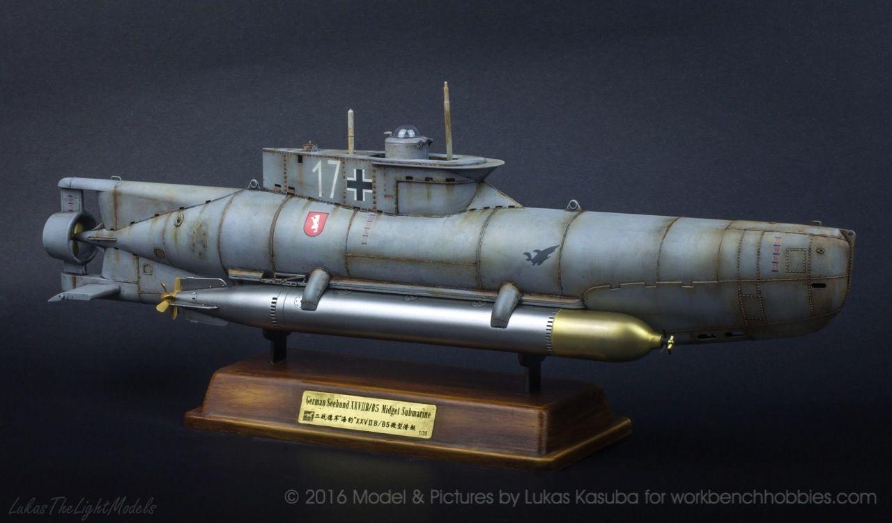 Midget submarine operations, donna vagina nuda