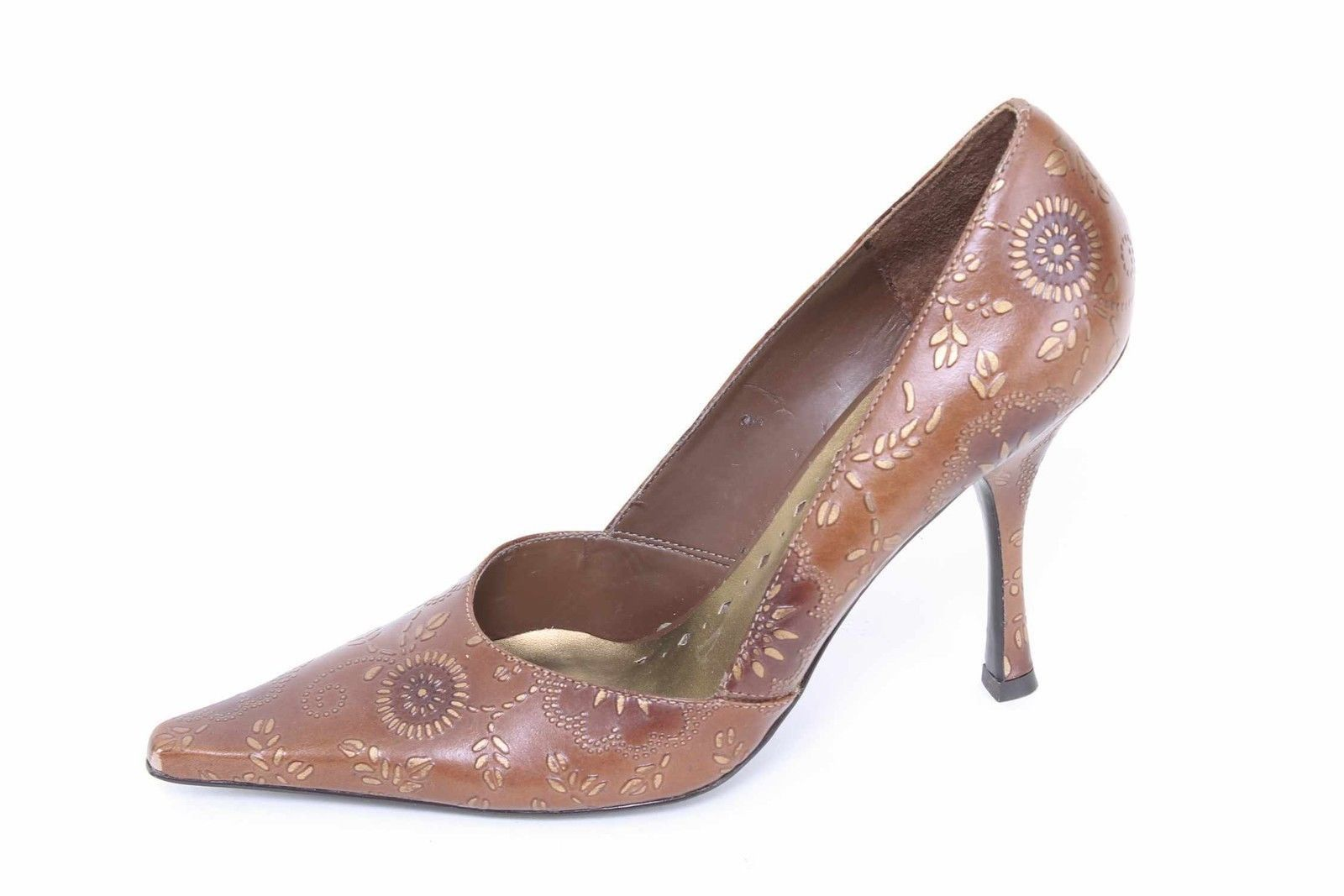 BCBGIRLS Brown Chic Embossed Floral Print Leather Pumps Size 8.5B Ref-170-S