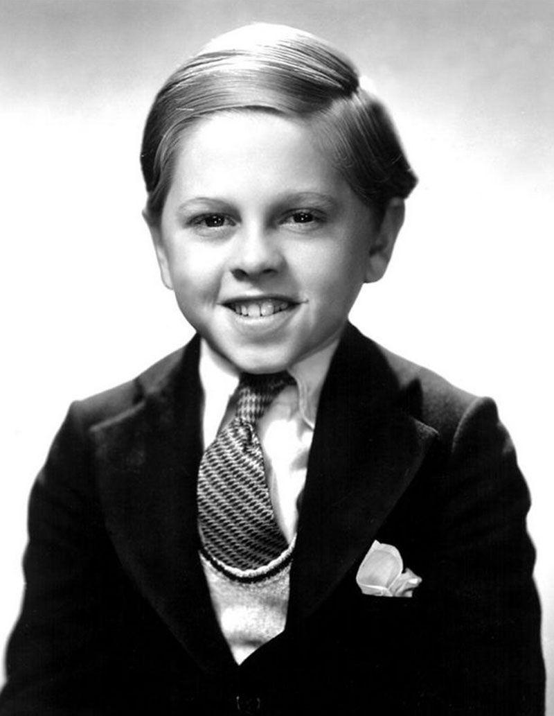Mickey Rooney En 1932 60 Anos Sin Cambiar De Cara Un Expediente X Jovenes Celebridades Actores Infantiles Actores Jovenes