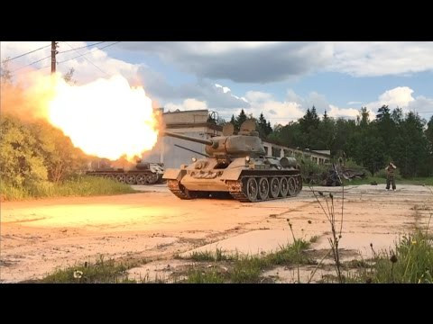 T 34 85 Various Shooting In Slo Mo Youtube To Use For Muzzle Flash Modelling T 34 Military Vehicles World