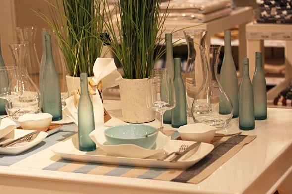 Blue tablesetting for summer - Kattausideoita kevään juhliin