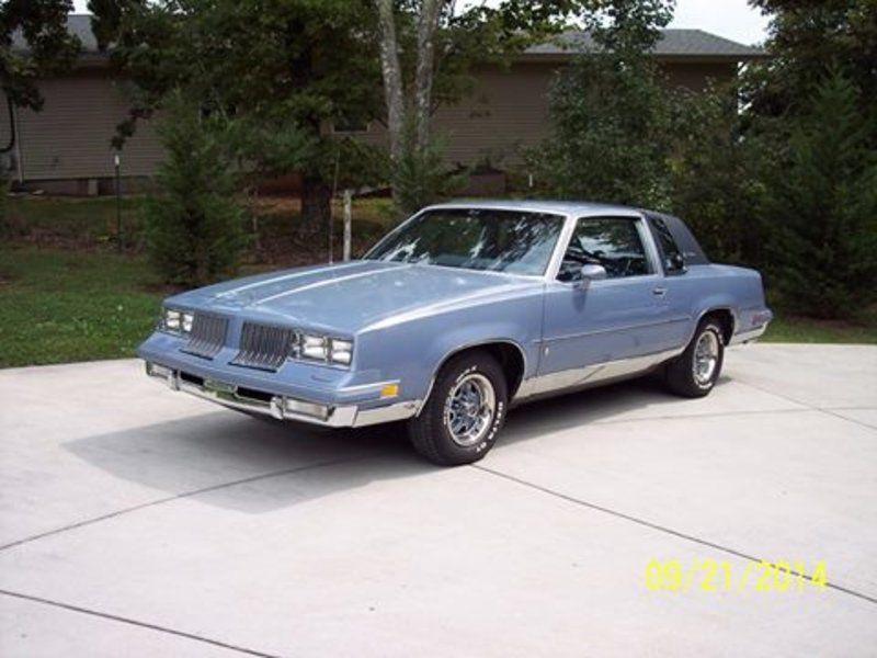 1984 Oldsmobile Cutlass Supreme Brougham Tn 12 900 Please Call Jackie 423 836 0031 To See This Oldsmobile Oldsmobile Cutlass Supreme Oldsmobile Cutlass