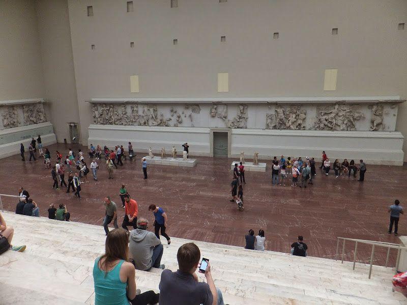 Pergamonmuseum Berlin Autel De Pergame Museo De Pergamo Museos Berlin
