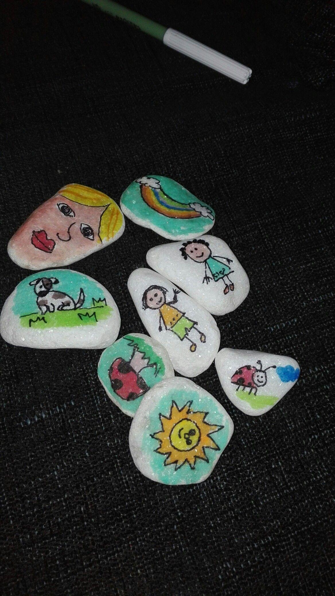 Piedras cuentacuentos