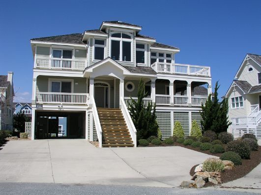 'Brothers and Sisters' is a 5 bedroom vacation rental home located in Nags Head, Nc. Non-Smoking. No Pets. *Village Beach Club amenities are not available.   Managed by Village Realty.  Property I.D. is SV30