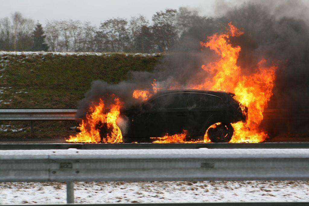 Car Fire Bmw1 Series Dashcam Car Camera Fire