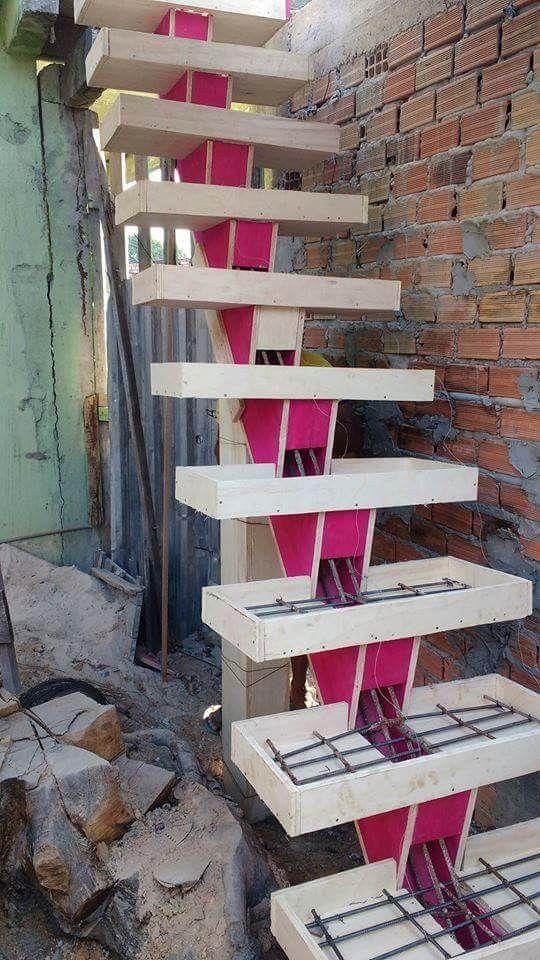 Epingle Sur Escadas