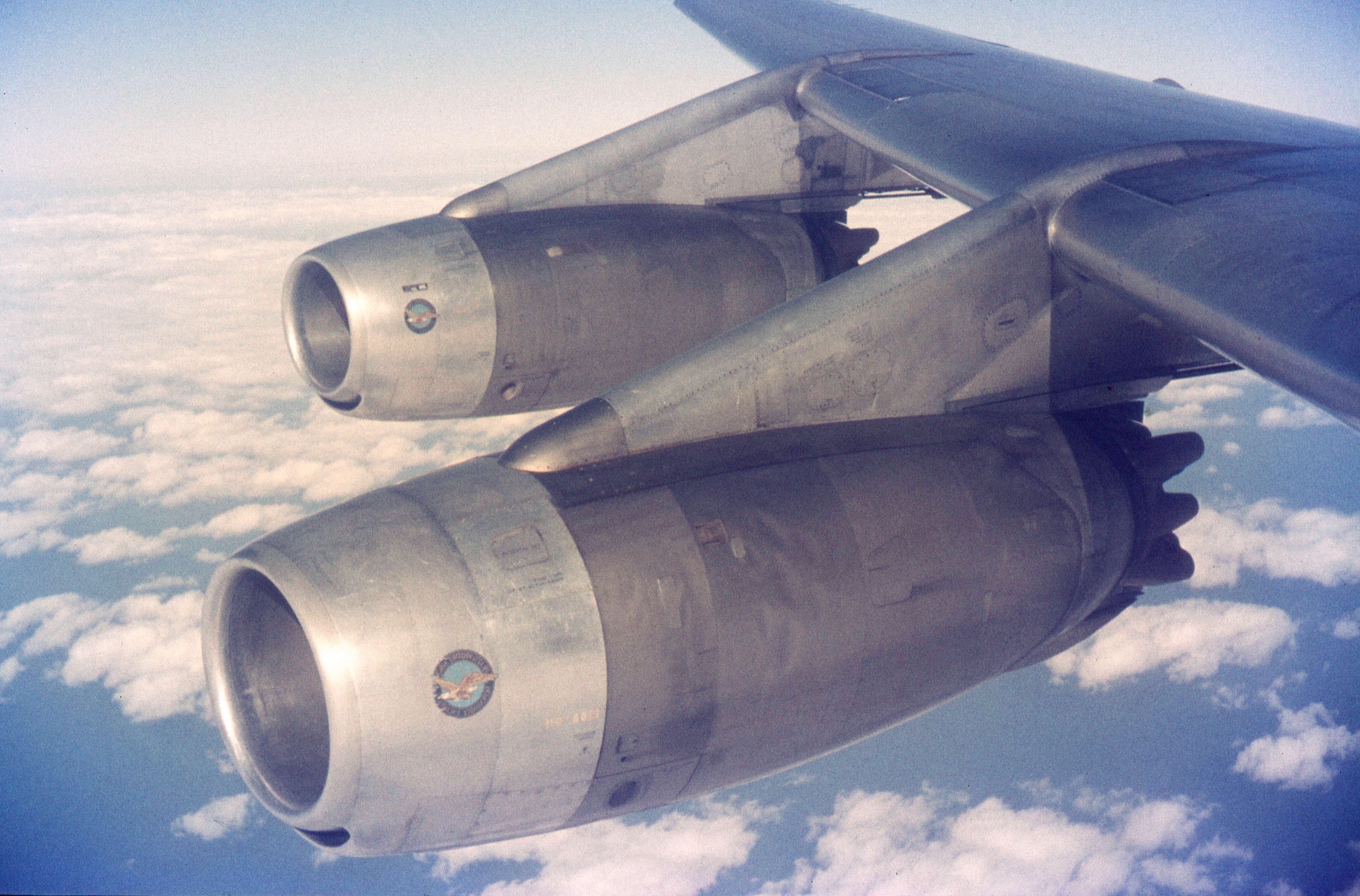 KLM_DC-8-33_(7491675744).jpg (3916×2580)