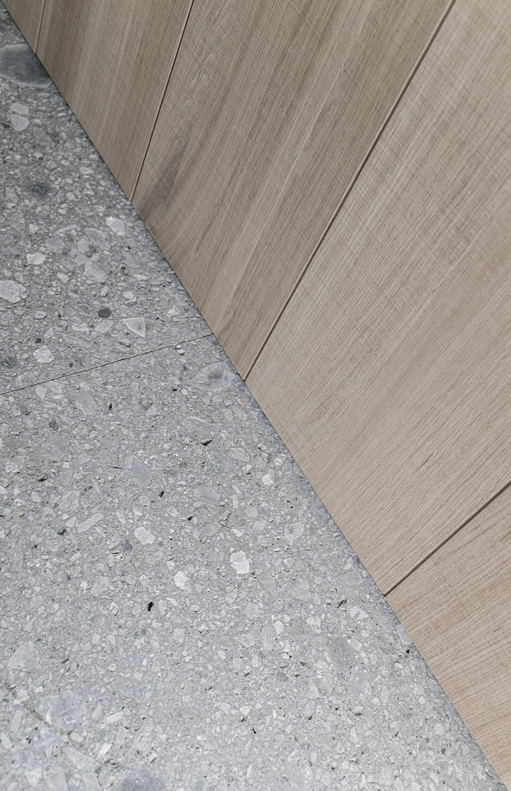 Italian Marble Tile Floor : Italy provincia di foggia serpeggiante marble composite