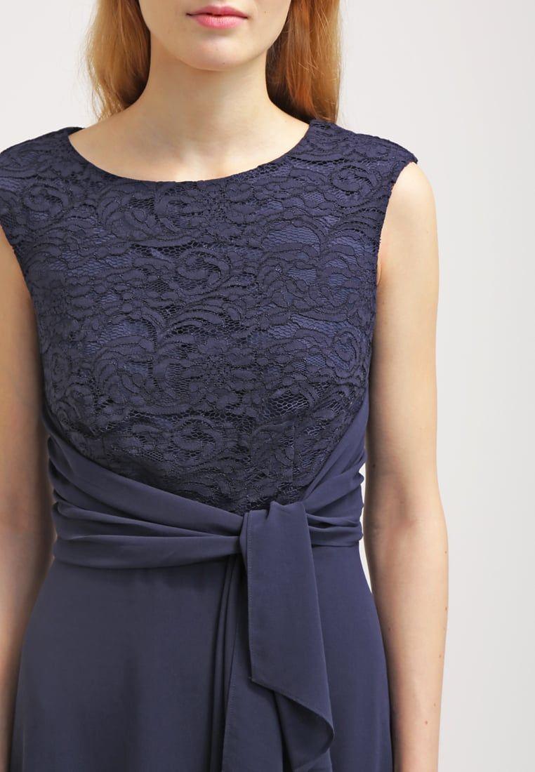 Das perfekte Kleid für romantische Abende. Esprit Collection ...
