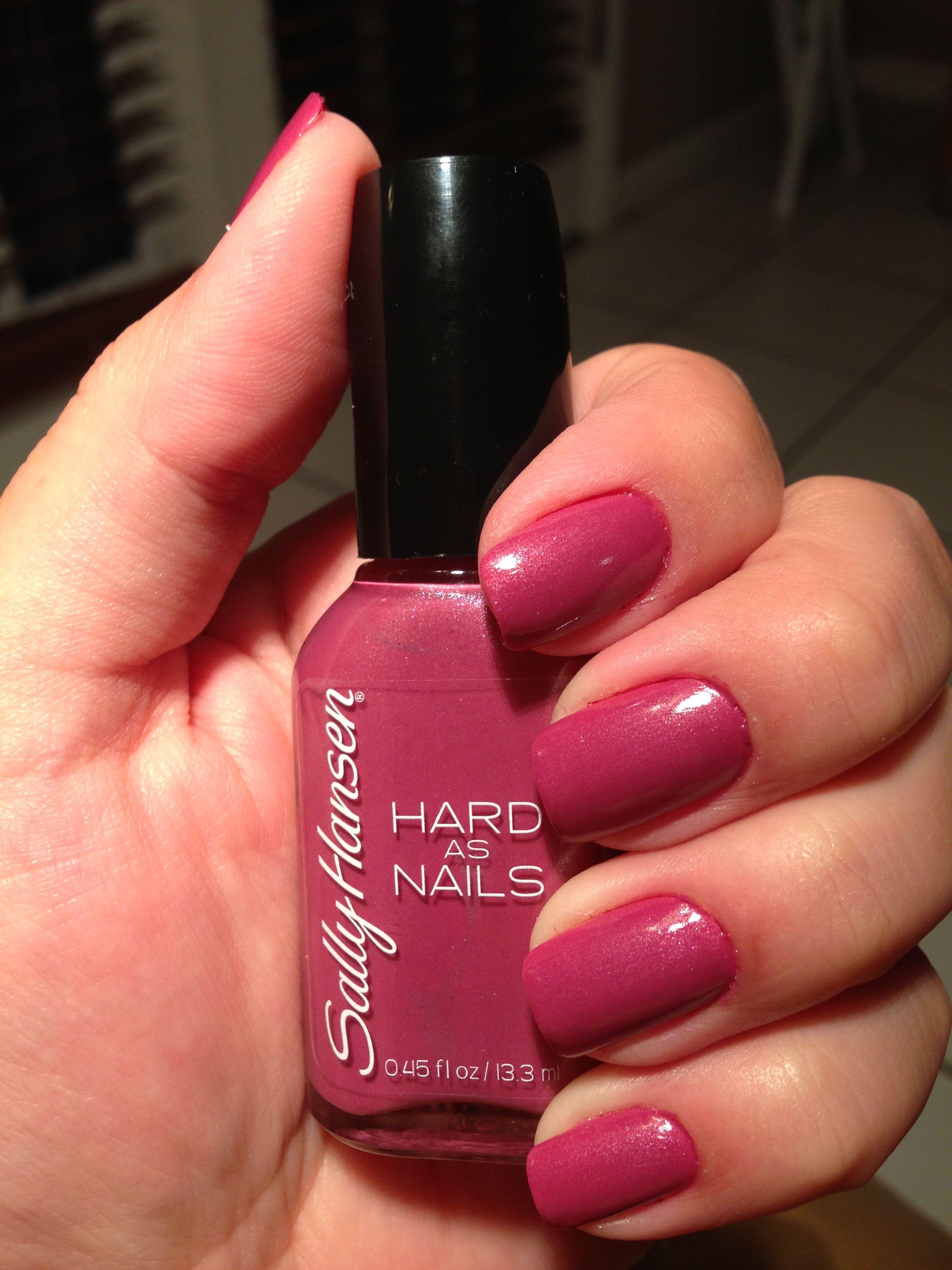 Sally Hansen Rockin Hard 530 loving this color for fall. 2